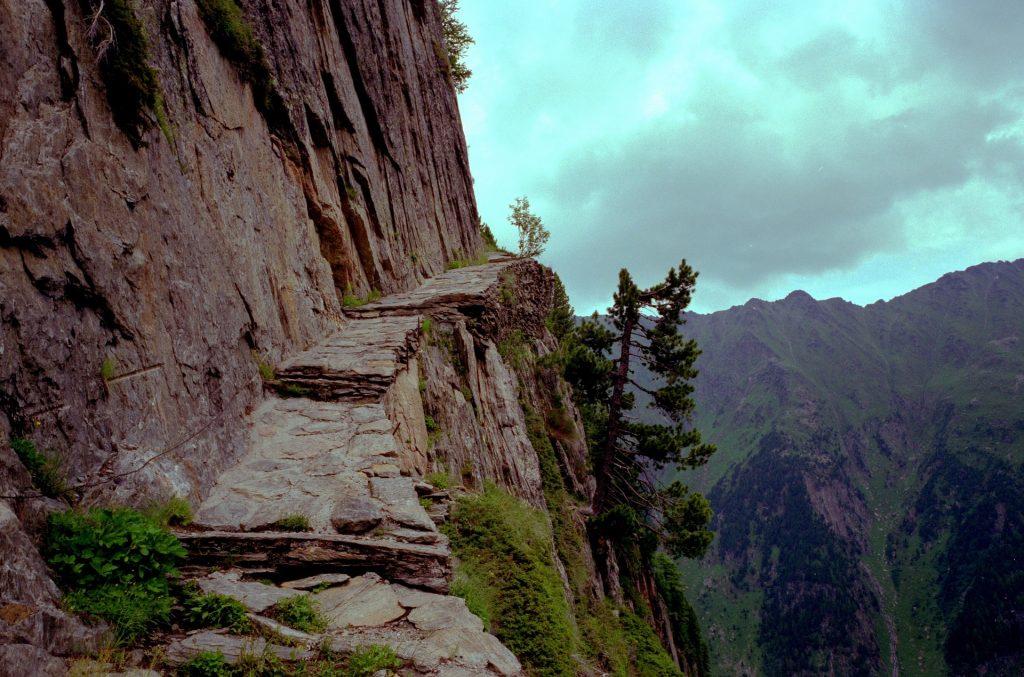 Dangerous walking trails