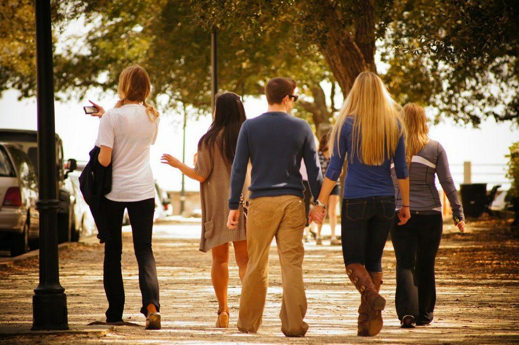 walk in groups