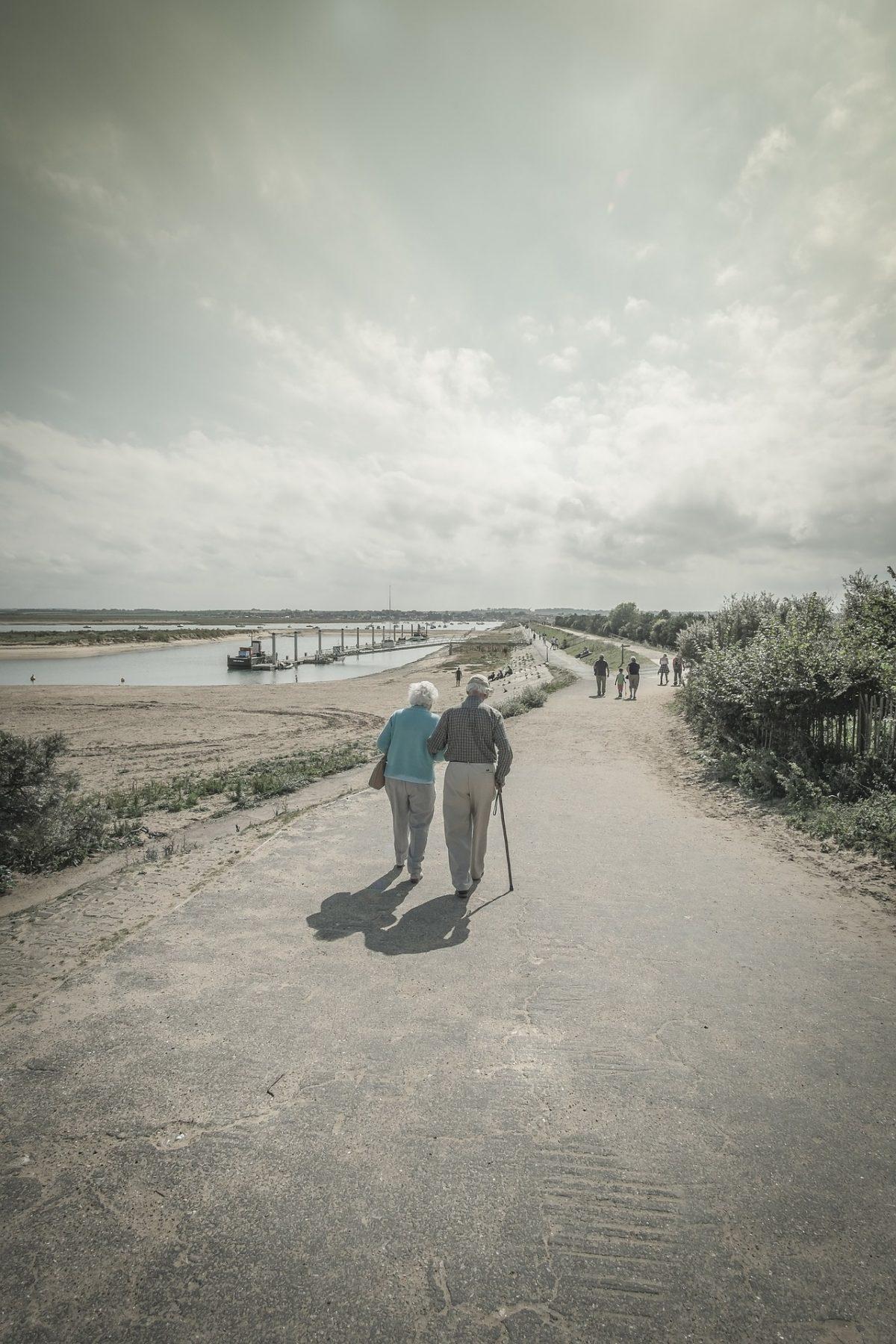 Benefits of walking for elderly